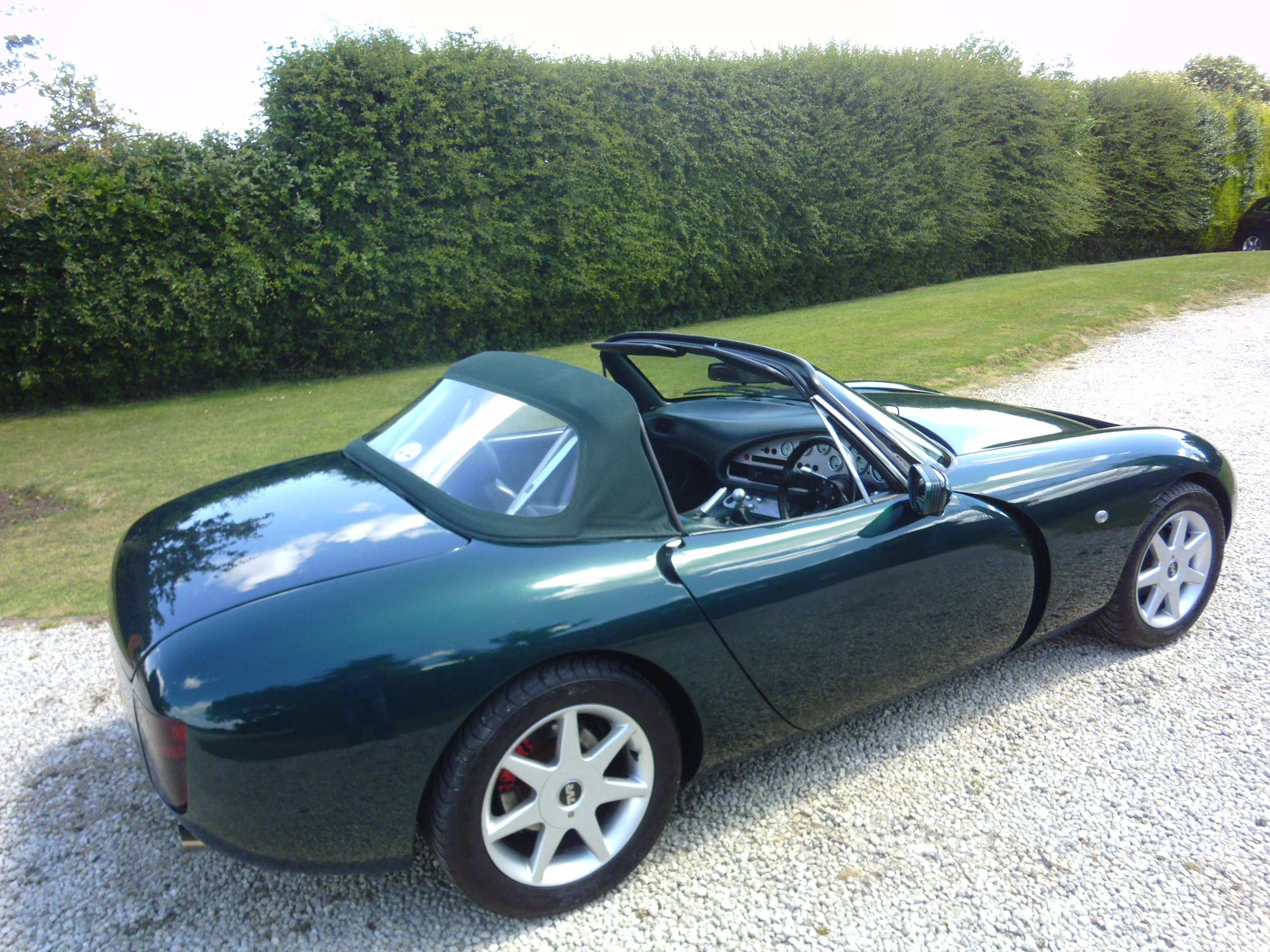 tvr griffith car cover tvr takes covers off 200 mph griffith supercar car keys tvr is back. Black Bedroom Furniture Sets. Home Design Ideas